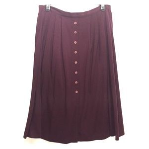 Vintage maroon button front skirt 18
